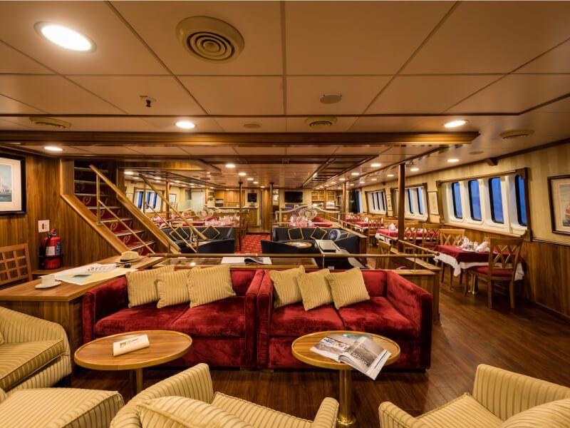 Lounge du bateau de croisière M S Panorama