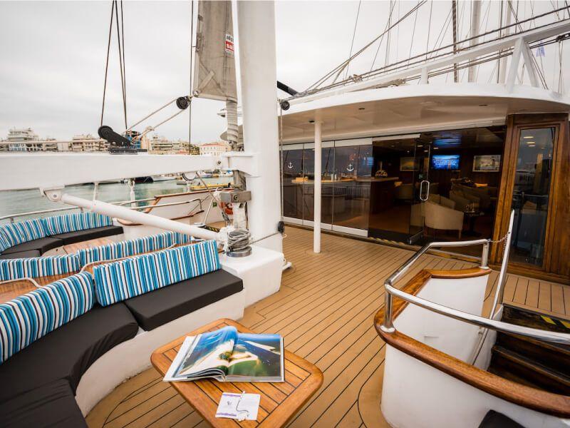 Terrasse du bateau de croisière M S Panorama