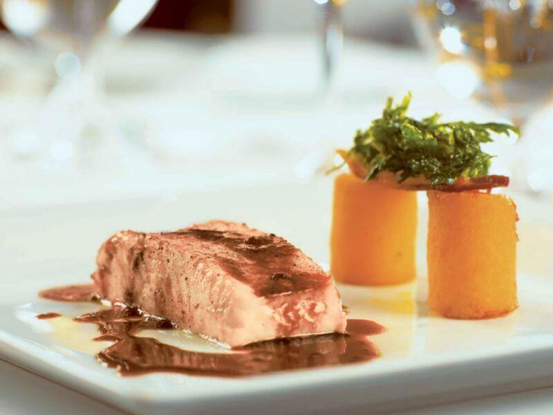 Gastronomie à bord du bateau de croisière Paul Gauguin