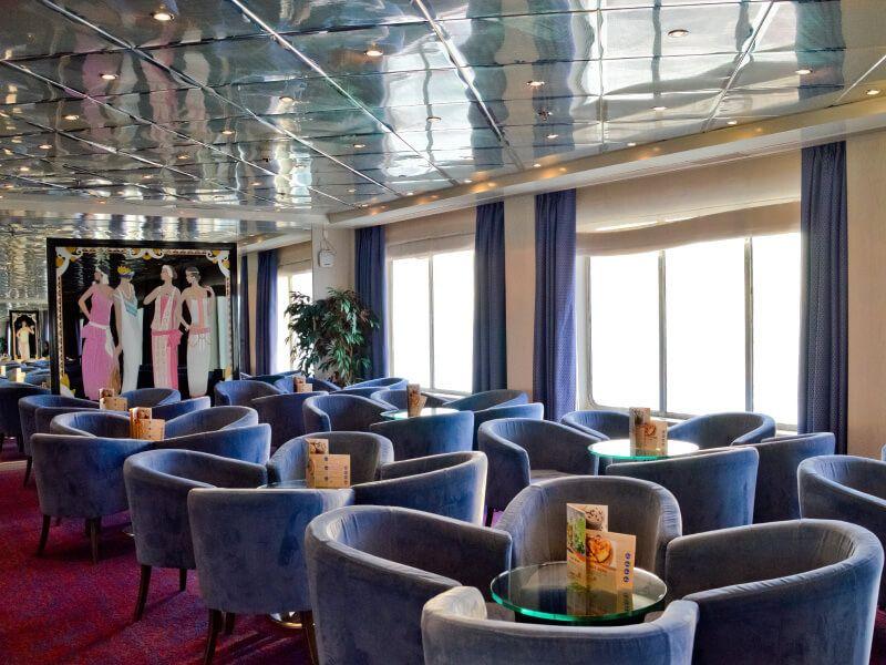 Salon EROS 2 du bateau de croisière Celestyal Crystal