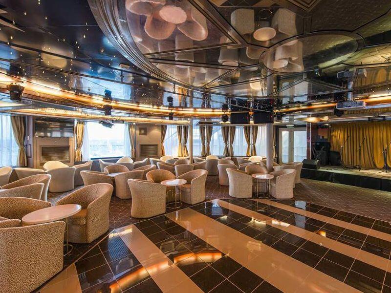 Lounge du bateau de croisière Celestyal Nefeli