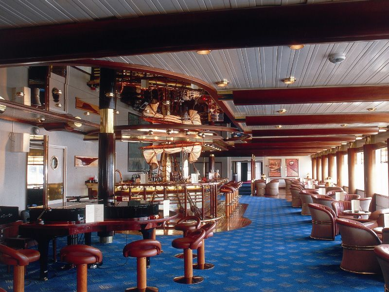 Bar LO du bateau de croisière Celestyal Olympia