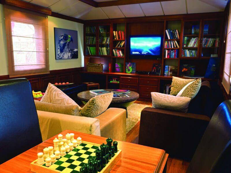 Librairie du bateau de croisière Celebrity Xperience