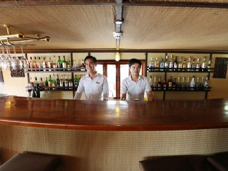 Bar du bateau RV Indochina Pandaw