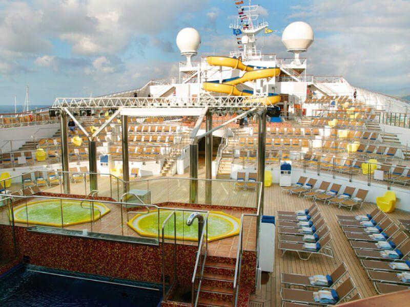 Jacuzzi du bateau de croisière Costa Magica