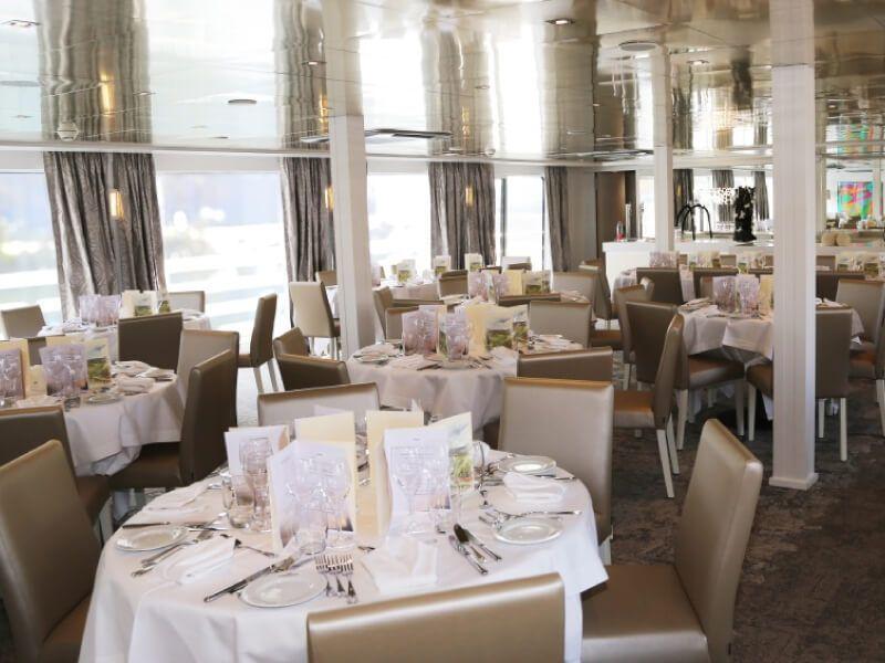 Restaurant du bateau MS Lafayette
