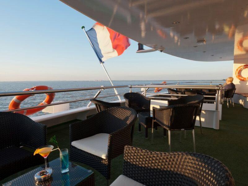 Terrasse du bateau MS Princesse d'Aquitaine