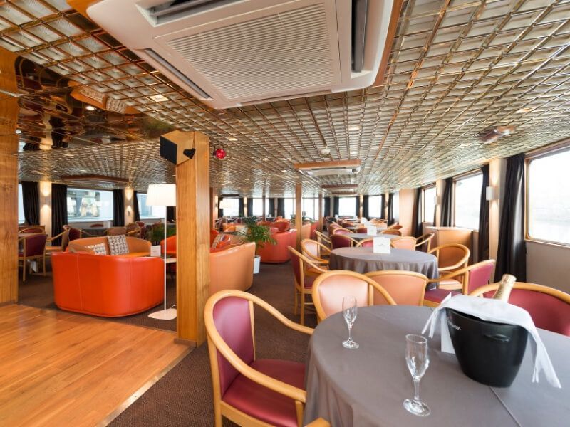 Salon bar du bateau MS L'Europe
