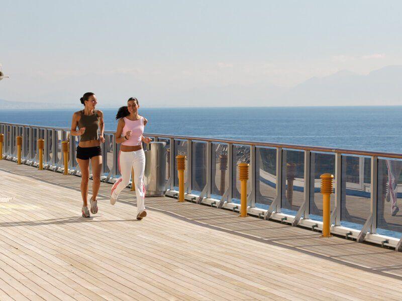 Pont extérieur  du navire de croisière Costa Atlantica