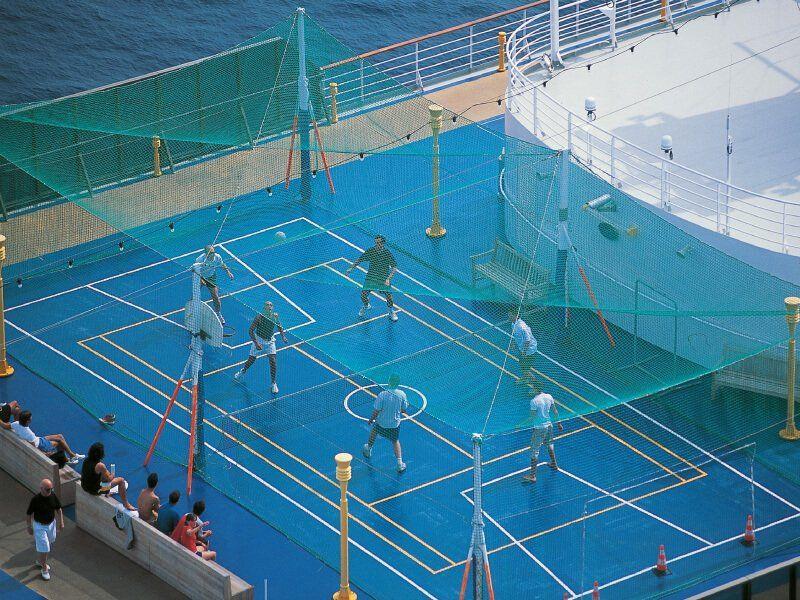 Terrain de sport du navire de croisière Costa Atlantica