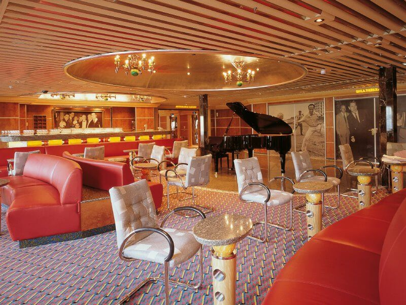 Piano Bar  du navire de croisière Costa Atlantica