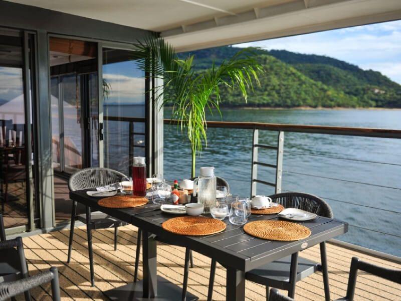 Terrasse du bateau RV African Dream