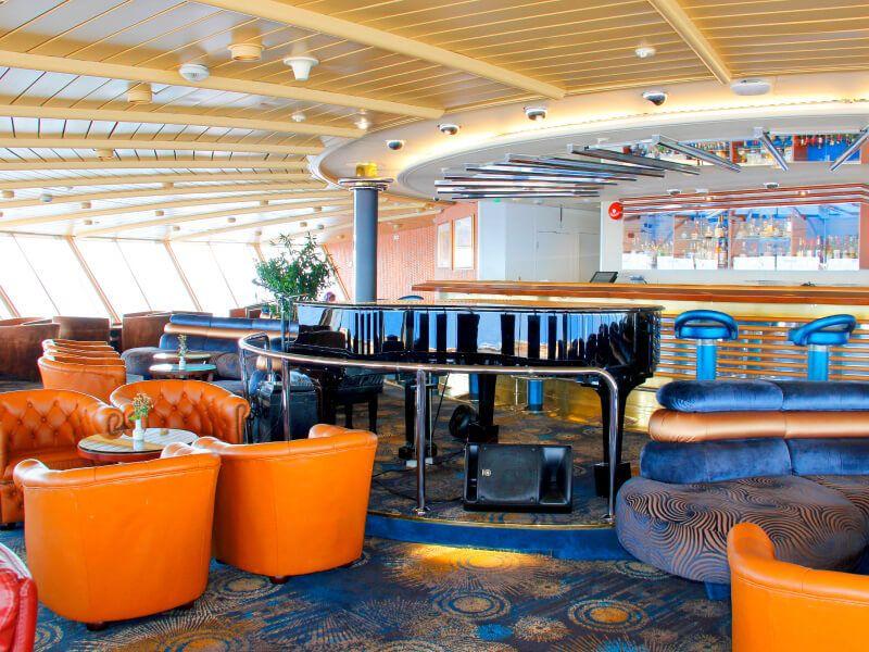 Lounge du bateau de croisière MS Prinsendam