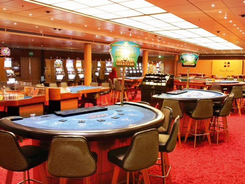 Casino du bateau de croisière Costa Neoclassica