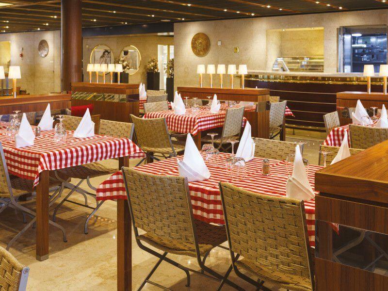 Pizzeria du bateau de croisière Costa Neoclassica