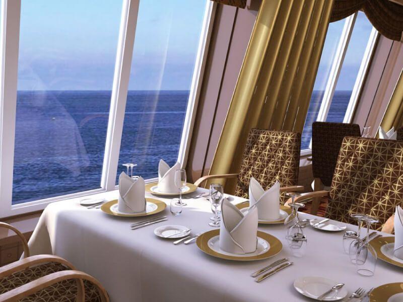 Club restaurant du bateau de croisière Costa Diadema