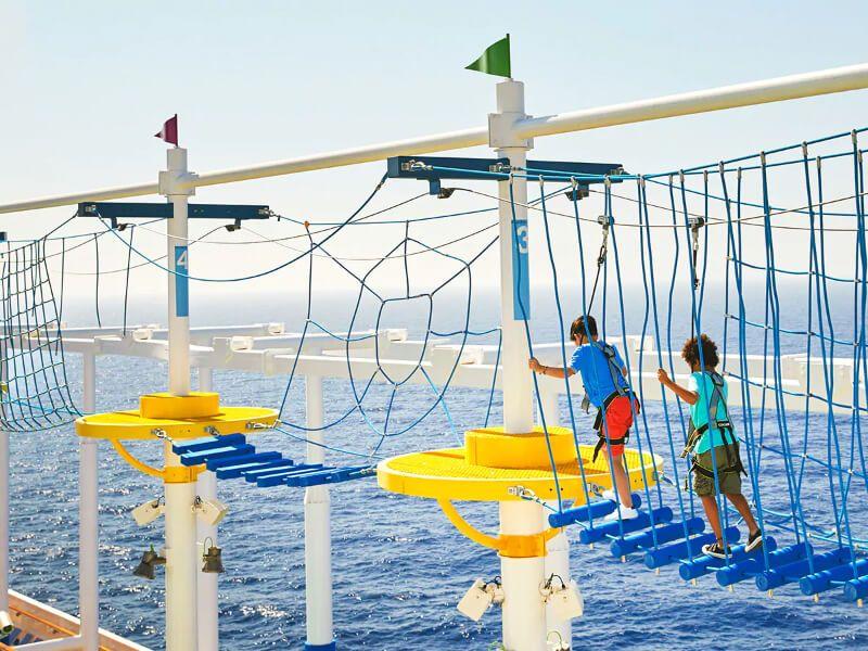 Waterworks du bateau de croisière Carnival Elation