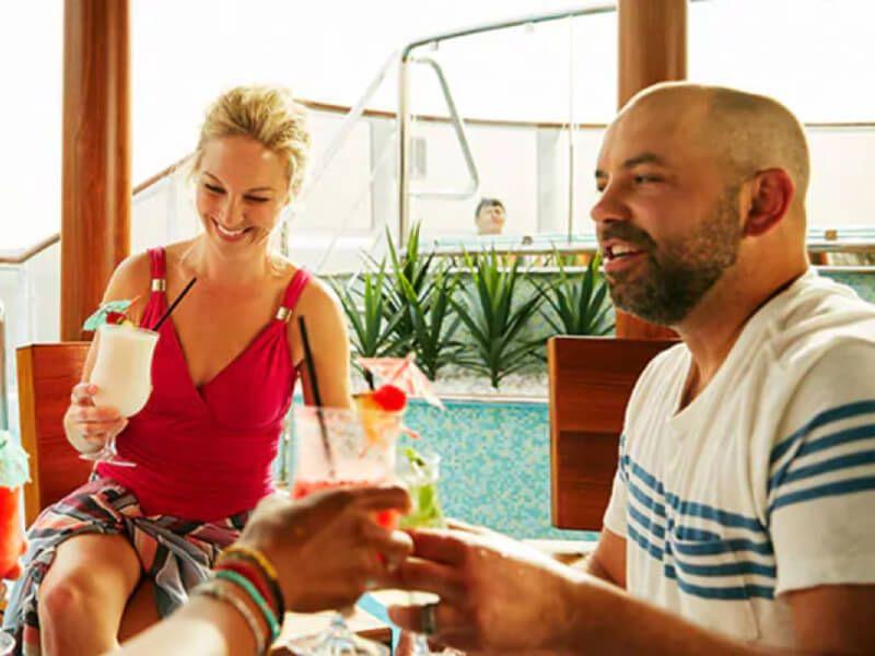 Bar du bateau de croisière Carnival Sunshine