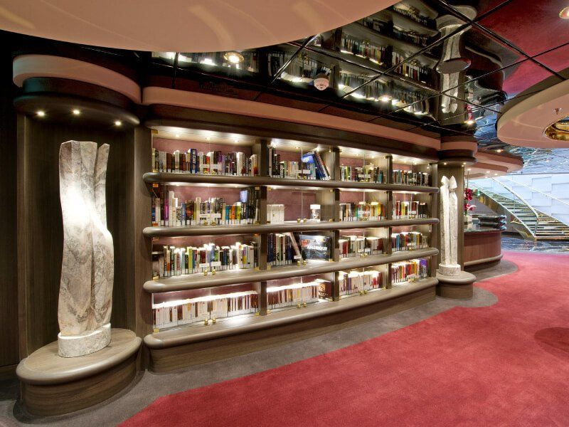 Bibliothèque du bateau de croisière MSC Divina