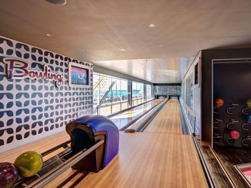 Piste de bowling du bateau de croisière MSC Virtuosa