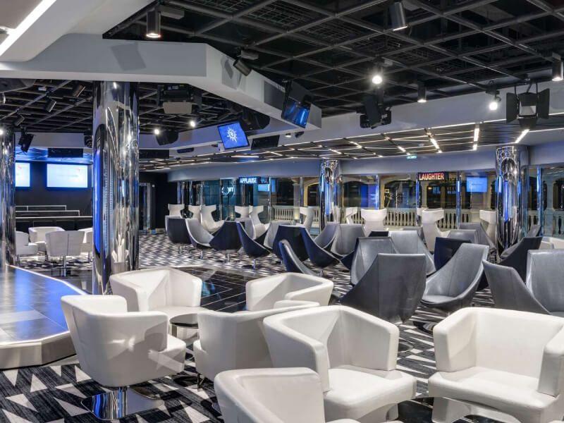 Studio TV bar du bateau de croisière MSC Virtuosa