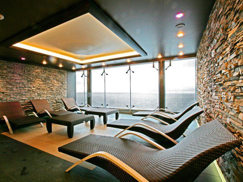 Salle de relaxation du bateau de croisière MSC Fantasia