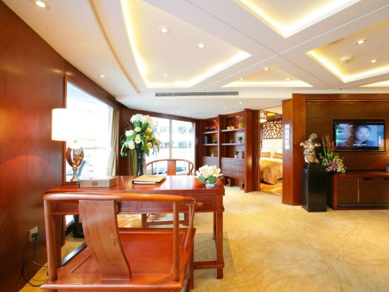Cabine suite du bateau MS Century Legend