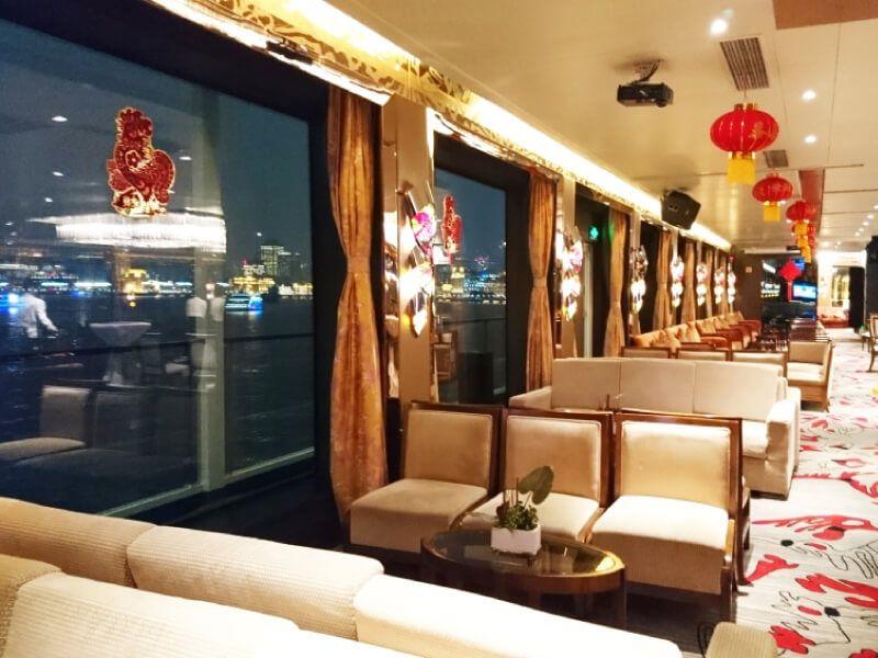 Grand salon bar du bateau MS Century Legend