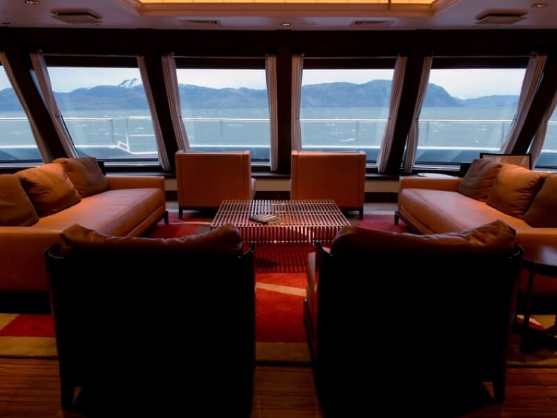 Salon yamana du bateau MV Stella Australis