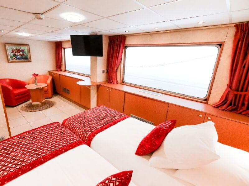 Cabine suite du bateau MS Rhône Princess