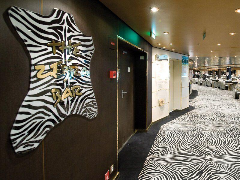 Zebra Bar du bateau de croisière MSC Poesia