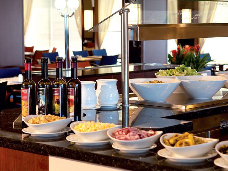 Restaurant-Buffet, Le Bistro à bord du Jules Verne