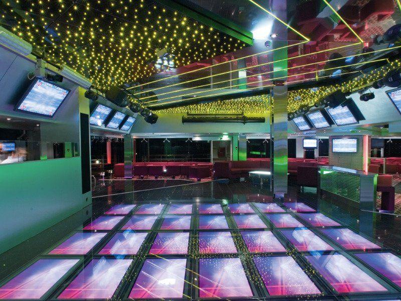 La discothèque du bateau de croisière MSC Musica