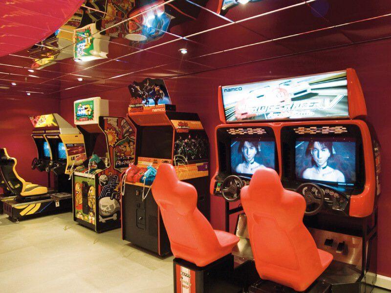 Salle de jeux vidéo du bateau de croisière MSC Musica