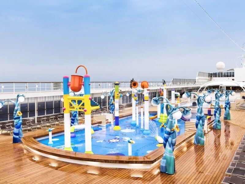 Piscine pour enfants du bateau de croisière MSC Armonia