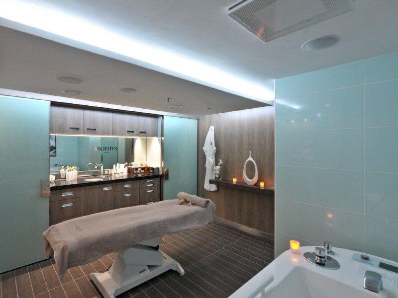 Salle de massage du bateau de croisière Le Soléal