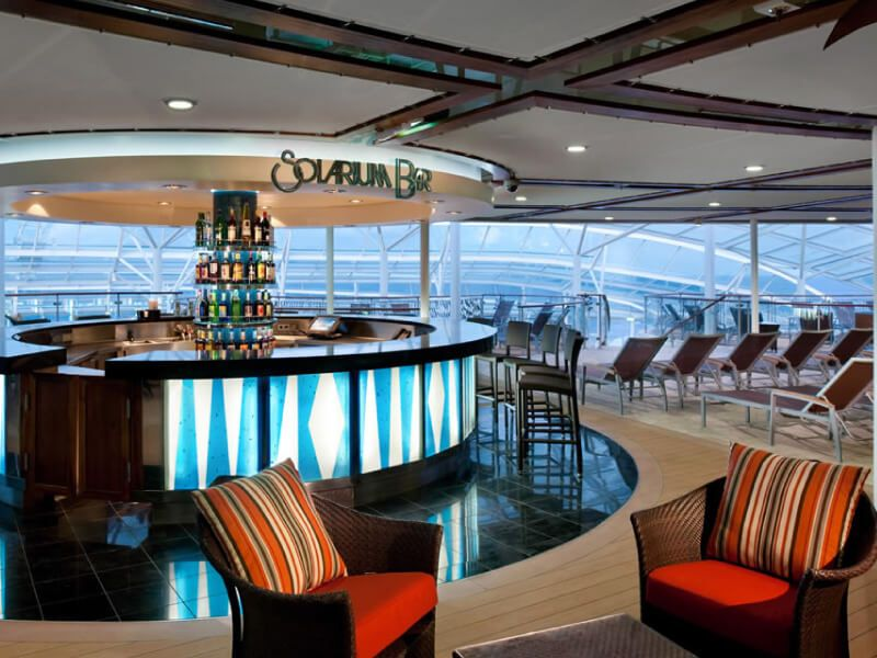 Bar-Oasis-of-the-Seas