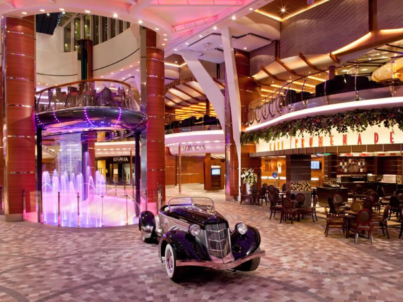 Promenade-Oasis-of-The-Seas