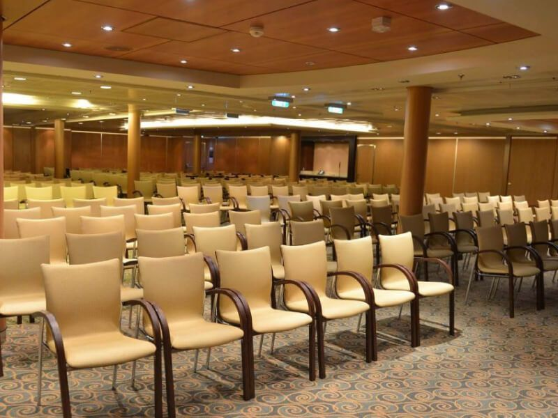 Centre-de-conference-Independence-of-the-Seas