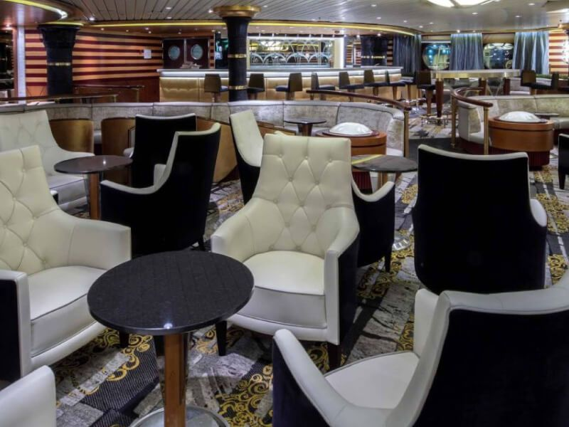 Star-Lounge-Independence-of-the-Seas