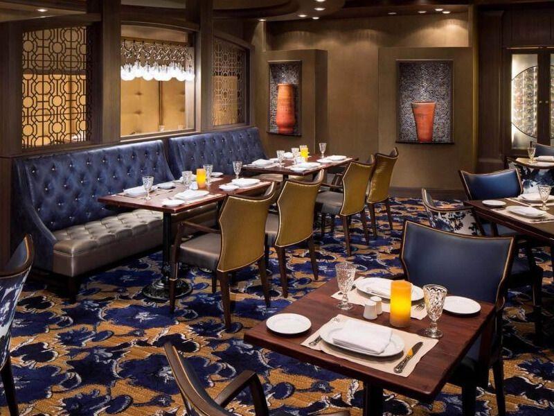 Restaurant-Giovannis-Mariner-of-the-Seas