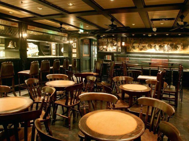 Pub-anglais-Liberty-of-the-Seas
