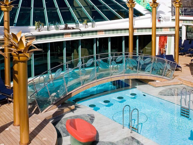 solarium-liberty-of-the-Seas
