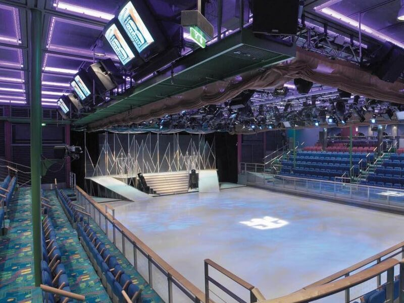 Patinoire-Voyager-of-the-Seas
