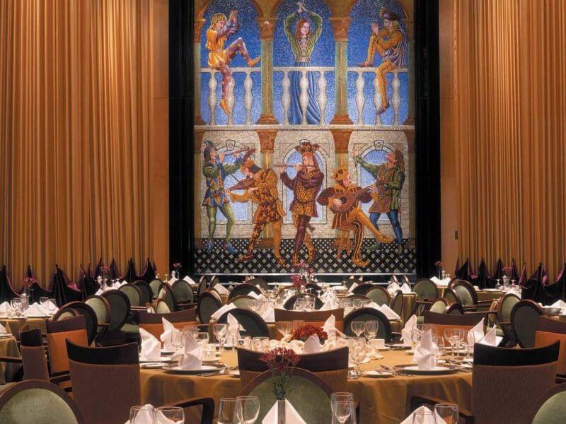 Restaurant-Principal-Brillance-of-the-Seas