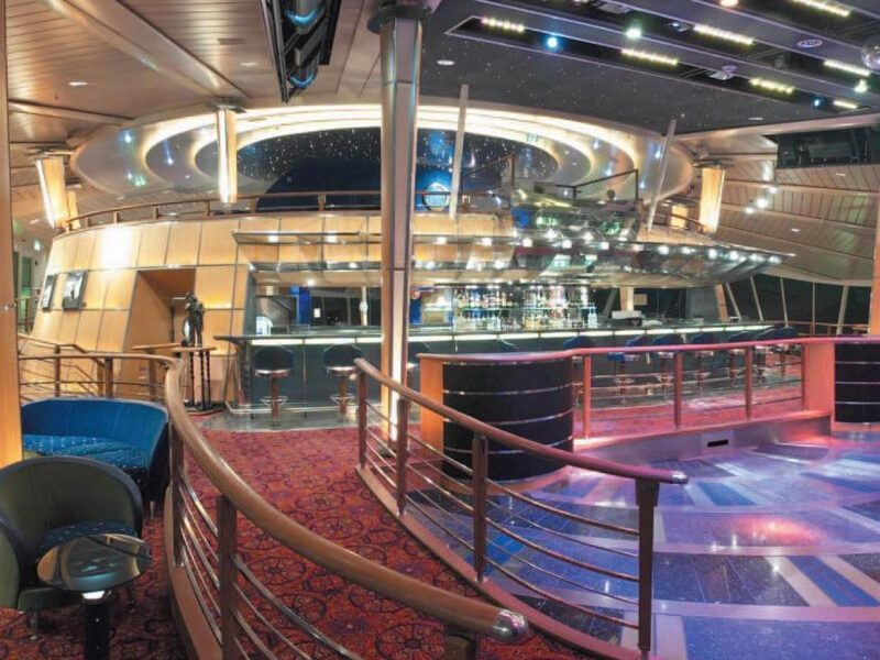 Discotheque-Enchantment-of-the-Seas