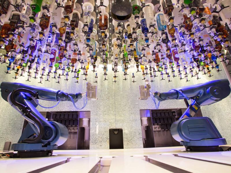 Bionic-Bar-Anthem-of-the-Seas