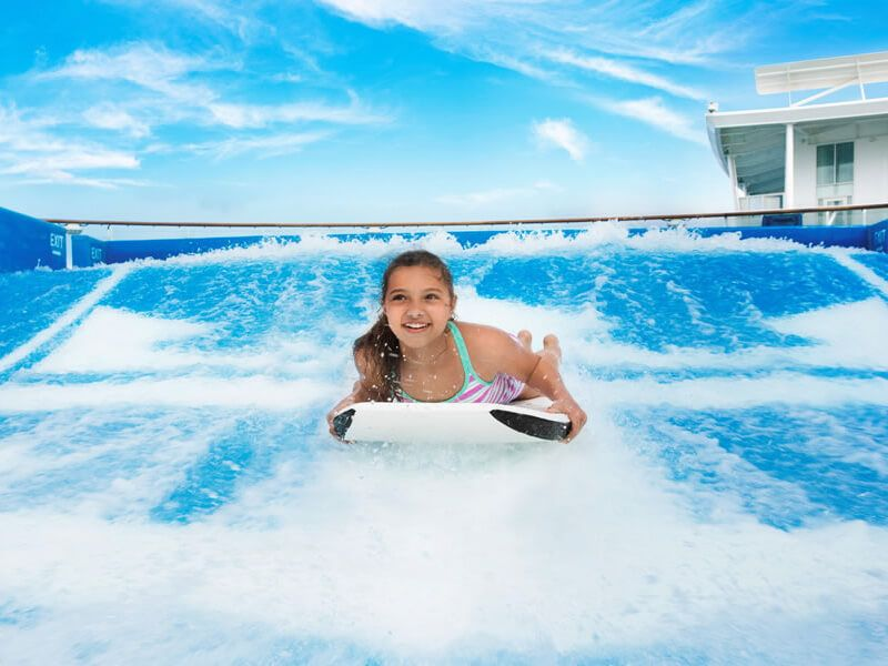 Flowrider-enfant-Harmony-of-the-Seas