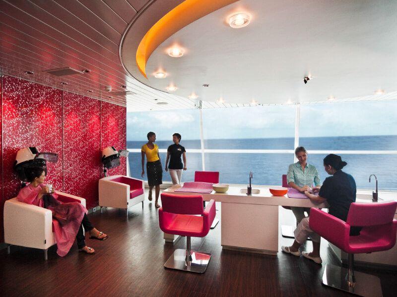 Salon de beauté du bateau de croisière Celebrity Solstice