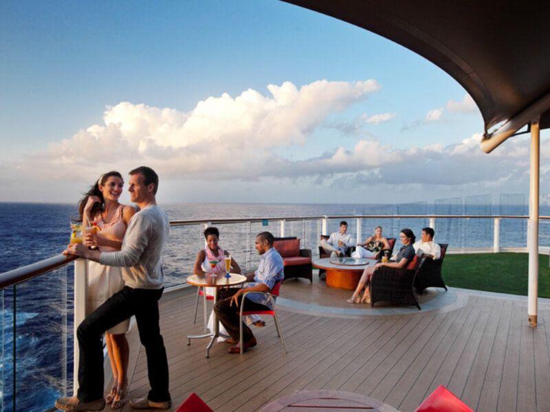 Sunset Bar du bateau de croisière Celebrity Equinox